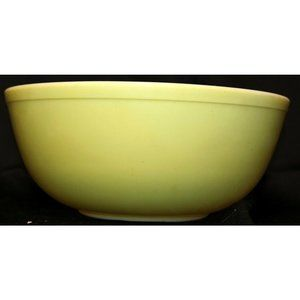 VTG Pyrex Primary Yellow 4Qt Round Mixing Bowl #40
